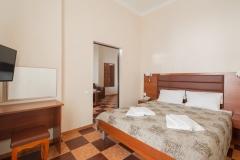 amra-park-hotel-gagra_lux-2m2k_korp2-01