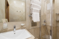 amra-park-hotel-gagra_standart-2m1k_korp1_04