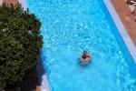 amran-gagra_pool_1